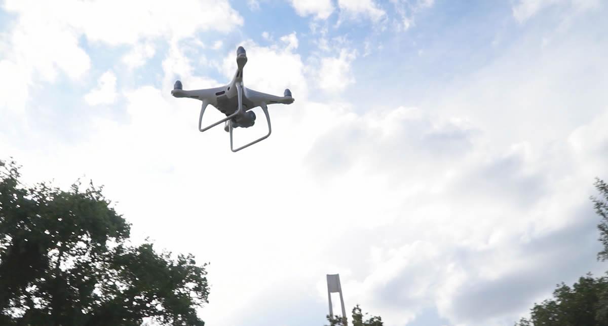 drone-cerca